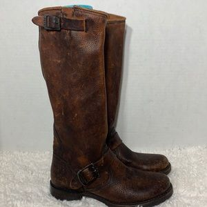 Frye Veronica distressed brown leather boot 7.5